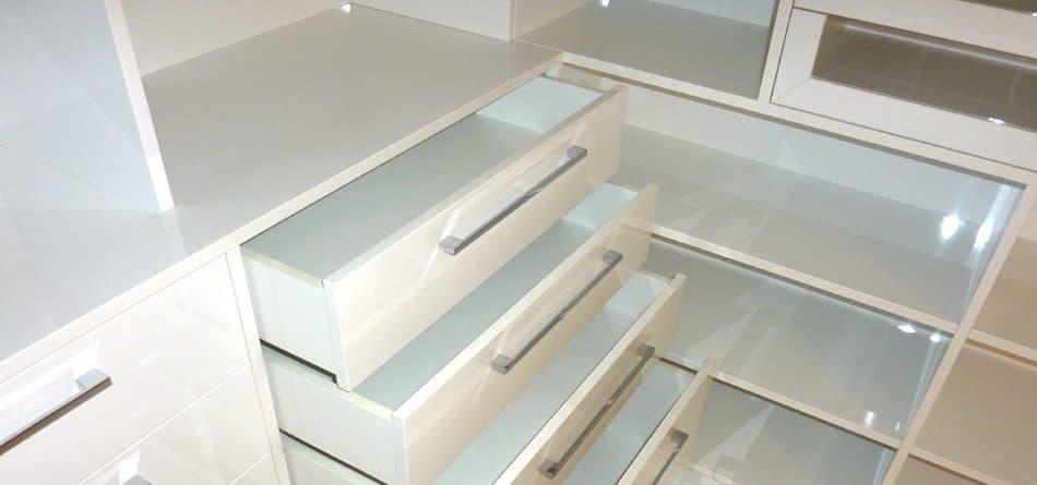 Ankleide begehbarer Kleiderschrank in Nuernberg e1603115410324